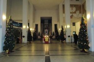 У церкві на Різдво
