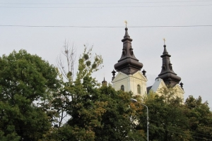 куполи церкви Михайла